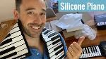 music-piano-keyboard-uz6